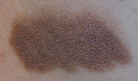 24c swatch, Aqua Eyes 24c swatch, make up for ever aqua eyes, beauty blog, makeup blog, mom beauty blog