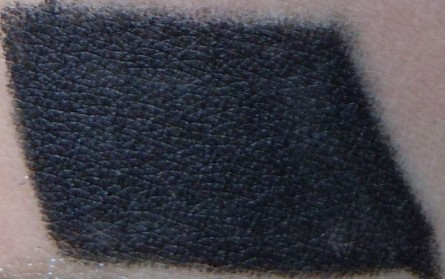 smolder swatch, mac eye khol smolder, mac eye khol smolder swatch