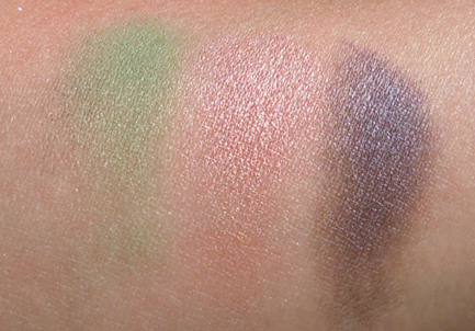 mac guacamole swatch, mac jete swatch, mac moth brown swatch, mac eye shadow, mac photos