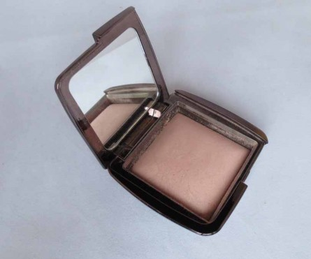 ambient lighting powder review, ambient lighting powder photo, hourglass ambient lighting powder, best hourglass products 2015, top hourglass products 2015