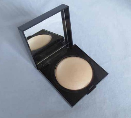 Laura Mercier Matte Radiance Baked Powder, Highlight, review, swatch, blog