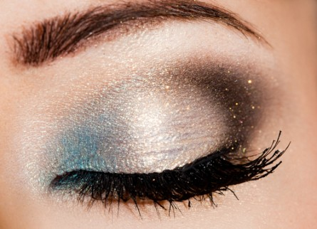 Blue makeup, blue eye makeup, blue eye makeup ideas,