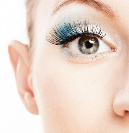 blue accent makeup, blue eye makeup, blue makeup ideas