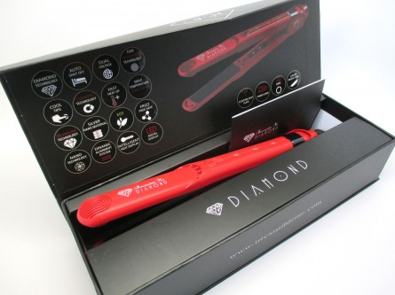 Diamond Flat Iron, Irresistible Me, #flatiron #stylingiron #bblogger #beauty