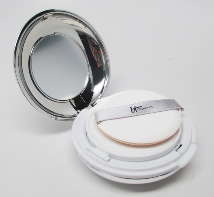 IT Cosmetics CC+ Veil Cushion Compact Foundation