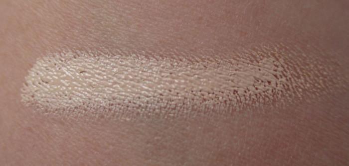 Light Swatch, IT Cosmetics Bye Bye Under Eye Illumination