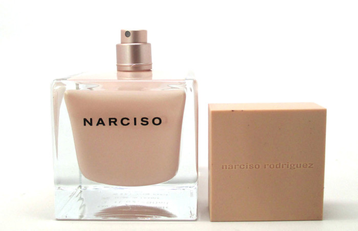 Narciso Eau De Parfum Poudree Bottle Design