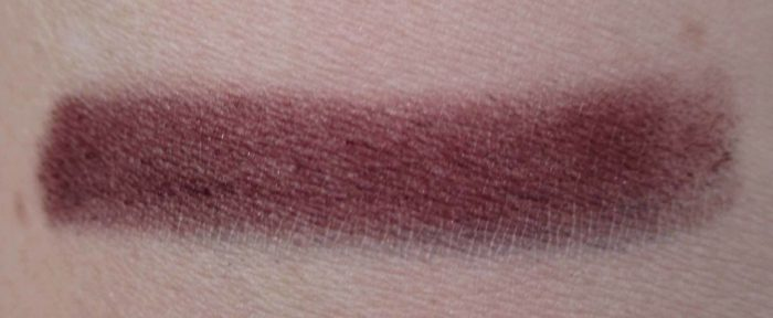 MAC Worthy Velvet Eyeshadow Swatch, Caitlyn Jenner Collection